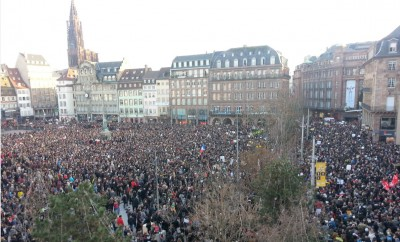 11.1.2015_manif_in_strasbourg_charlie_hebdo_critical_journalists_jewish_civilian_peoples_murders_400