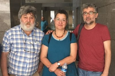 3_arrested_journalists_including_the_president_of_human_rights_association_efj_photo_400