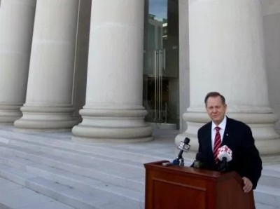alabama_chief_justice_roy_moore_400