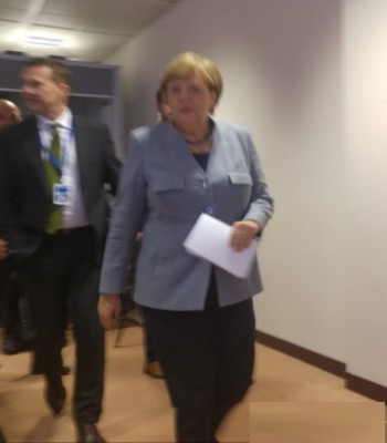 amerkel_eyeing_agg_good_morning_eurofora_400
