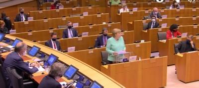 angie_merkel__eparliament_speech_extraordinary_situation_ebstv__eurofora_screenshot_400