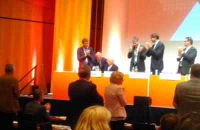 applause_for_wschauble_after_speech_at_cdu_bw_parteitag_eurofora_400