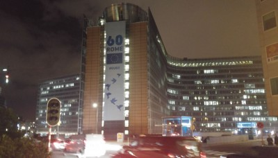 brussels_eu_commission_by_night_eurofora_400