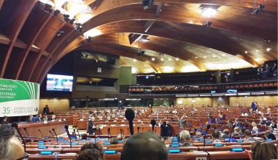 clrae_new_president_knape_speaking_at_plenary_eurofora_400