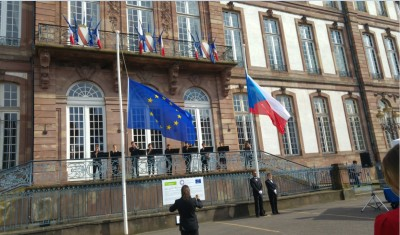 coe_czech_presidency_flags_flying_at_half_mast_f_solidarity_with_the_uk_victims__eurofora_400