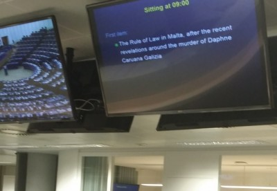 daphne_murder_debate_at_eu_parliaments_pressroom_eurofora_400