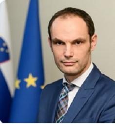 dr_anje_logar_slovenia_foreign_minister_si2021.eu__eurofora