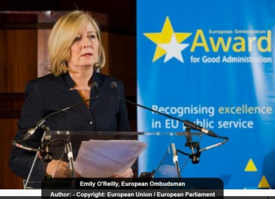 eu_ombudswoman_on_2017_good_administration_award_brx_photo_eu_400