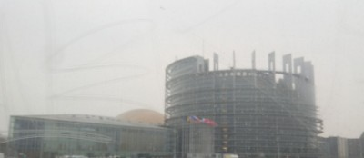 eu_parliament_in_winter_fog_400