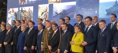 eu_summit_brx_pesco_event_on_defence_cy_pres_in_center_among_francogerman_eu_armypol_leaders_eurofora_400_01