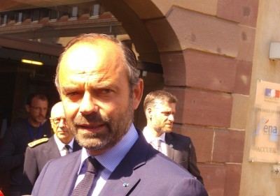 french_prime_minister_philippe_looking_at_agg_press_point_ena_eurofora_400
