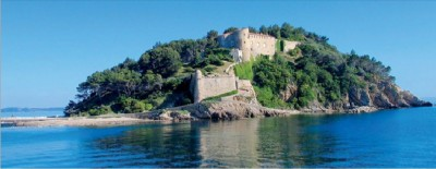 frendh_bregancon_castle_at_mediterranean_coast_eurofora_screenshot_400