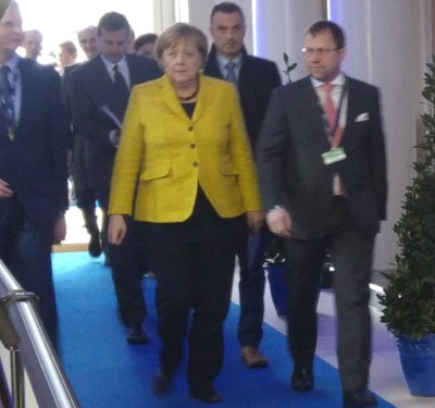 german_chancellor_angie_merkel_arriving_towards_agg_in_brx_euforora_400