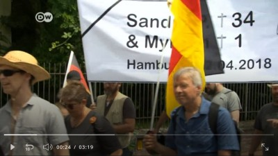 german_people_protest_on_kandel_sandra__myriam_aged_34__1_hamburg_4.2018_400
