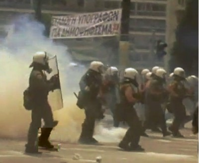 greek_people_signatures_for_referendum_versus_masked_police_attacks_with_clubs__gases_etc_29_june_2011__400