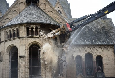 historic_church_demolished_for_pit_coal_mining_in_germany_400