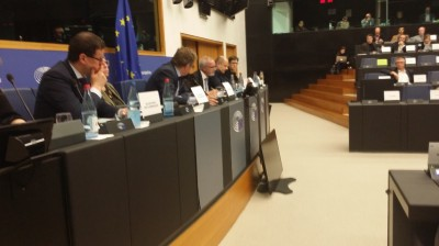 hoyer_speaking_at_joint_budget__economy_committees_meeting_eurofora_400