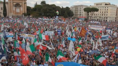 italian_rights_unity_popular_demonstration_st_giovani_plaza_roma_400