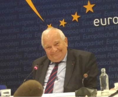 joseph_daul__agg_smile_after_answer_on_austria_kurz_brx_2017_eurofora_400