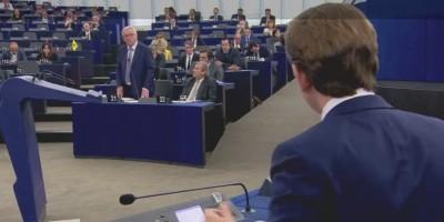 juncker__kurz__in_plenary_400