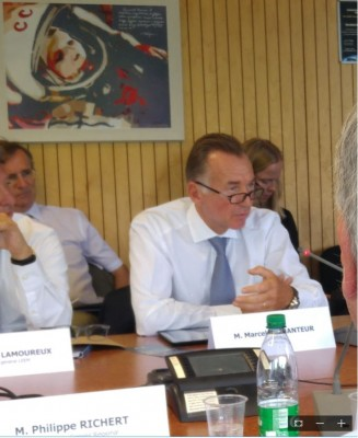 lilly_usa_multinational_representative_speaks_at_isu_meeting_with_french_pm__eurofora_400_02