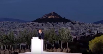 macron_at_pnyxacropolis_landscape_eurofora_screenshot_400
