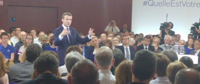 macron_explaining__1st_eu_citizens_consultation__closer_eurofora_400