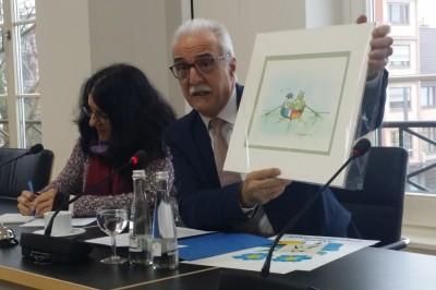 mayor_of_kehl_tony_vetrano__agg__tomi_ungerer_francogerman_painting_eurofora_400