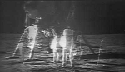 moon_2_austro__crater_400_01