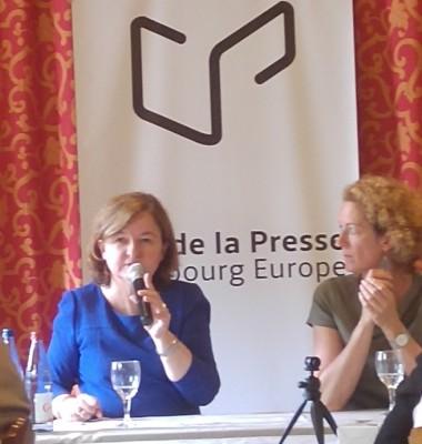 new_frencg_eu_affairs_minister_loiseau_replies_looking_straight_at_agg_eurofora_400