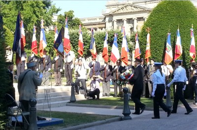new_strasbourg_great_region_prefect_fratucci_lays_wrath_at_republic_square_monument_flags__vets_400