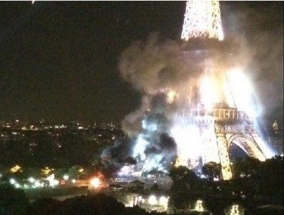 paris_eifel_tower_cloud_of_smoke_from_another_truck_fire_14th_july_aftermath_400