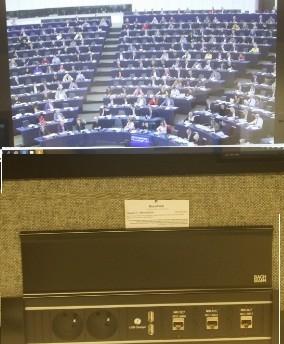 pe_daphne__vote_eurofora_in_pressroom