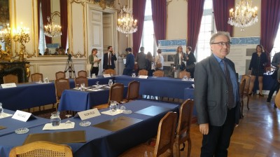 professor_schirmann_at_coe_ministers_historic_room_eurofora_400