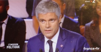 republicans_president_wauquiez_at_tv_duel_eurofora_screenshot_400