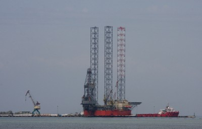 russian_plabe_oilgas_search_around_crimea_400