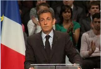 sarko_looks_up_applauded_after_making_the_t_point