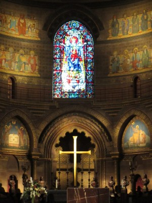 strasbourg_cathedral_madonna_europe__unity_400