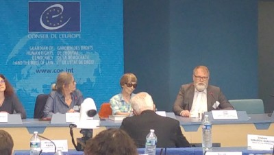 swedish_professor_coes_minorities_conference_eurofora_400