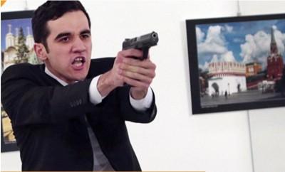 the_turkish_policeman_murderer_of_russian_ambassador__eurofora_screenshot_400_01