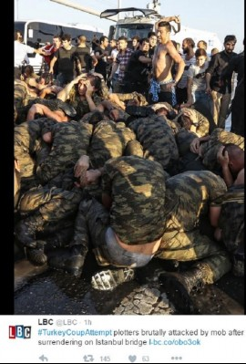 turkish_mobsters_brutalities_against_young_conscripts_pows_400