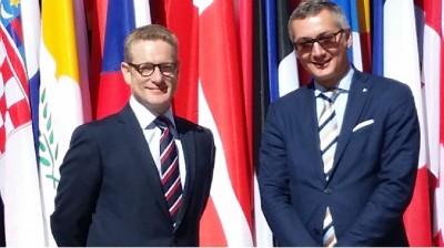 uk__czech_ambassadors__agg__eurofora_400
