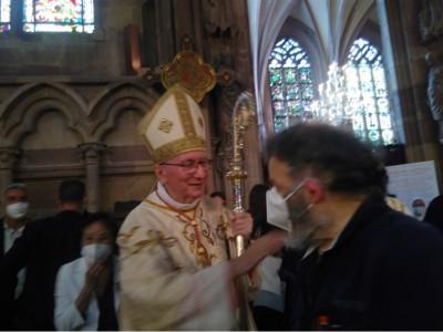 vatican_prime_ministeparolin_saluting_agg_in_stras_cathedral_4_zl_eurofora_400
