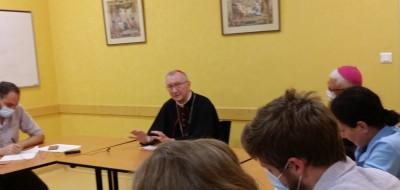 vatican_prime_minister_parolin__replies_to_agg_question_1_eurofora_400