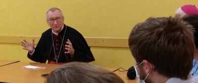 vatican_prime_minister_parolin__replies_to_agg_question_2_close_eurofora_400