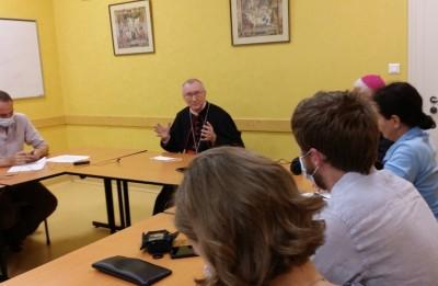 vatican_prime_minister_parolin__replies_to_agg_question_3_eurofora_400