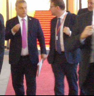 victor_orban_leaves_bratislava_castle_while_discussing_the_summits_final_conclusions__agg__eurofora_400