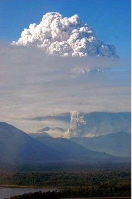 volcano_cloud_m_400